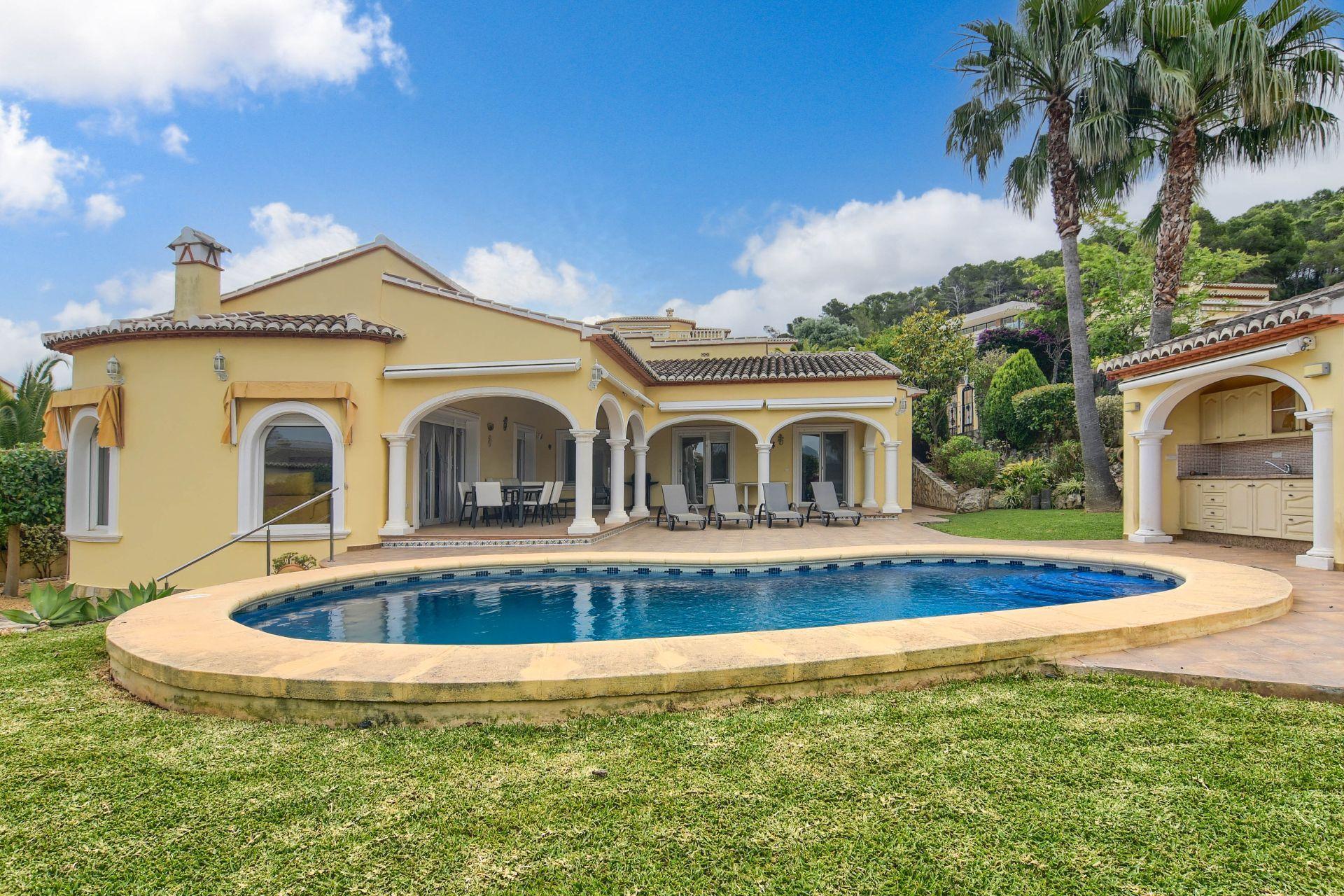 Villa in Jávea, Piver, te koop