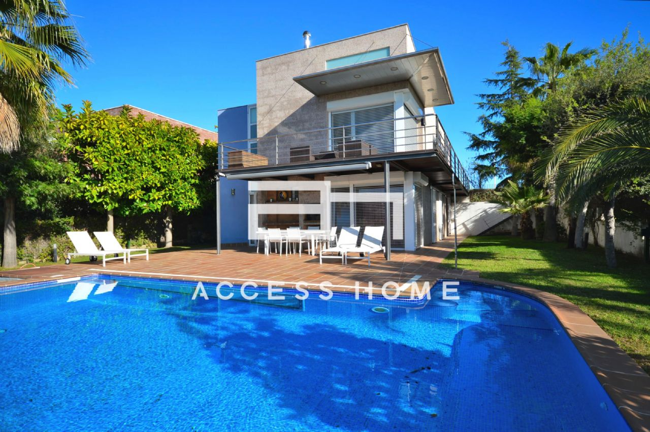Villa in Teià, SANT BERGER, for sale