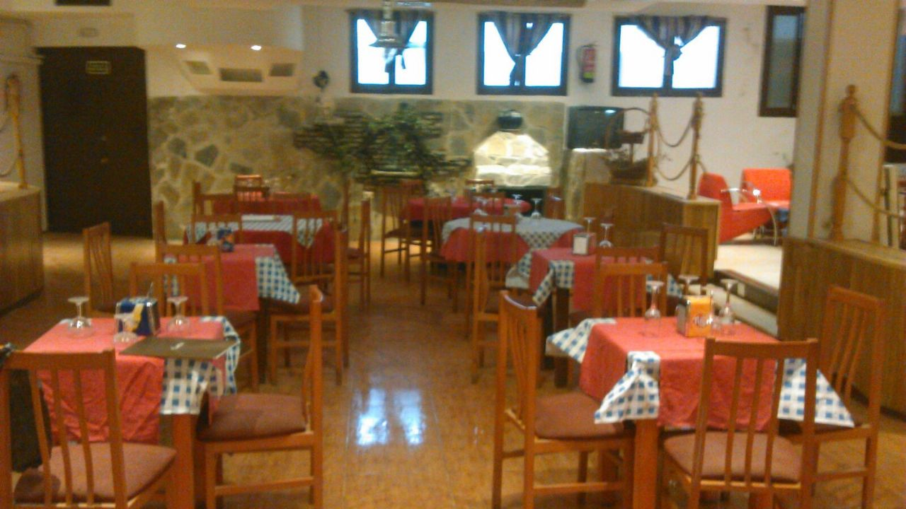 Local comercial en Fuente el Saz de Jarama, CASCO, alquiler