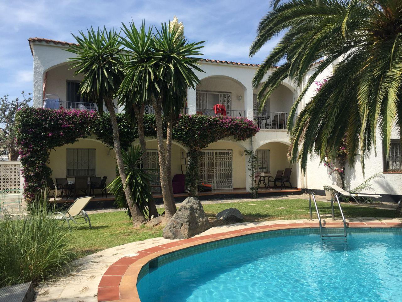 Casa / Chalet en Empuriabrava, A 200 M DE LA PLAYA, venta