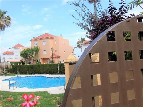Terraced House in Casares, Marina Casares, for sale