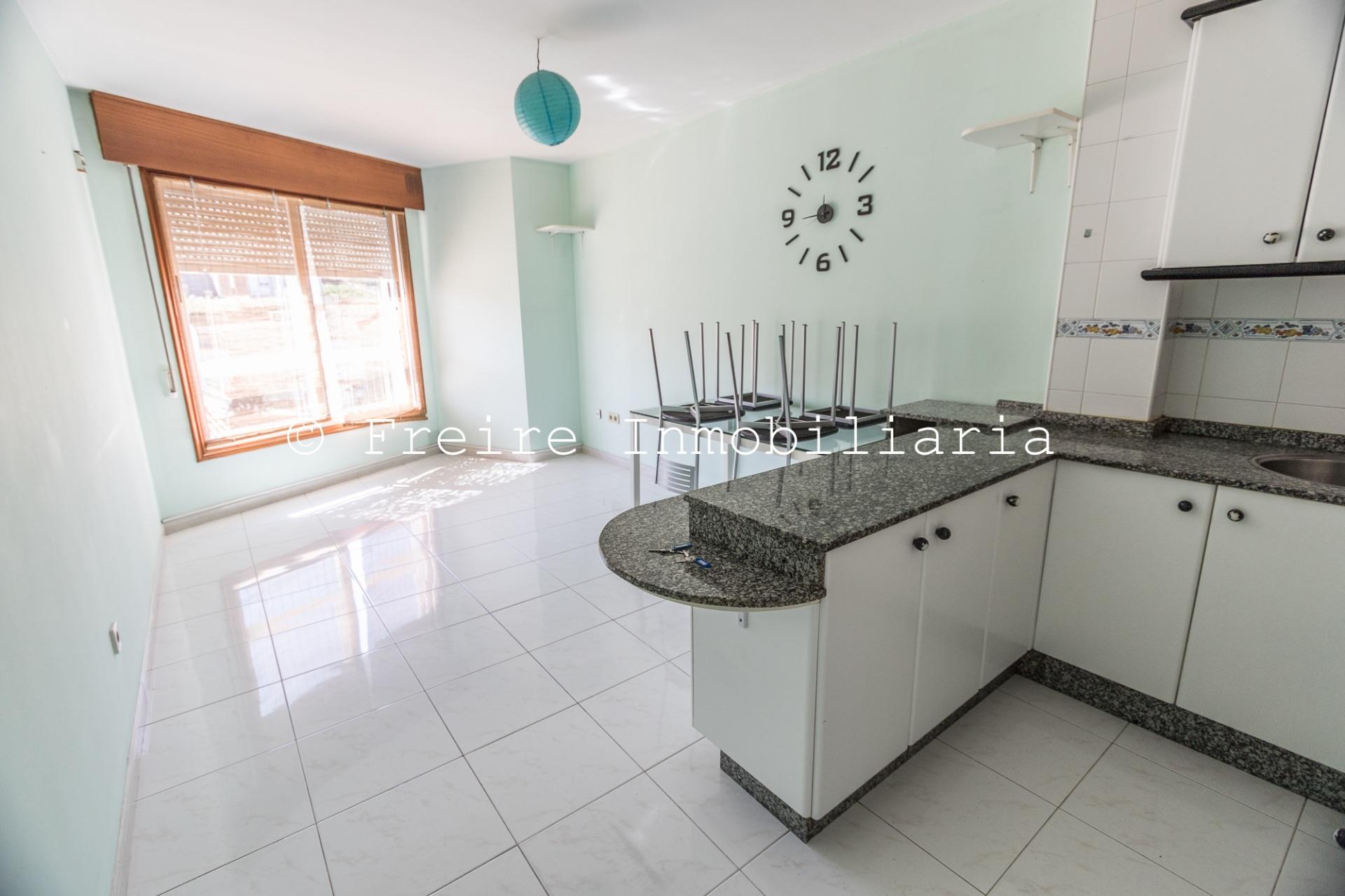Apartamento en Bueu, PLAYA PETIS, venta