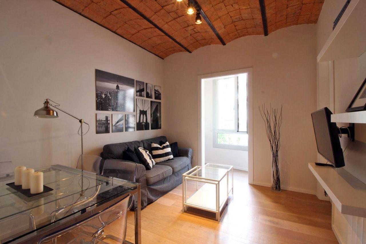 Appartement à Barcelona, Sants-Montjuic, location