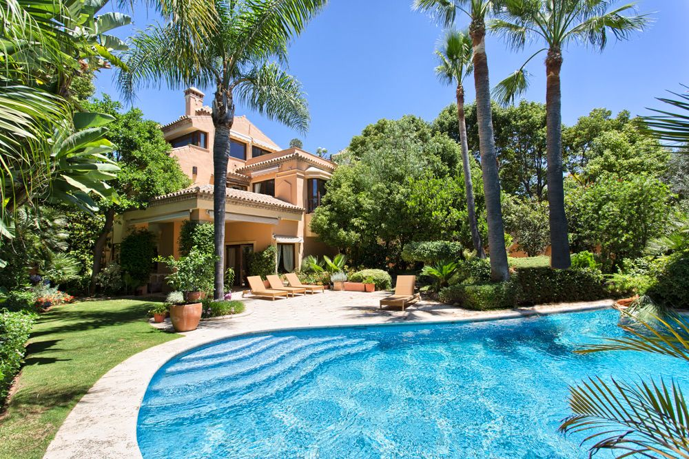 Luksussvilla i Marbella, Altos de Puente Romano, salg