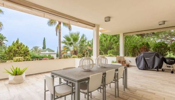 Apartment in Marbella, Lomas de Marbella Club, for sale