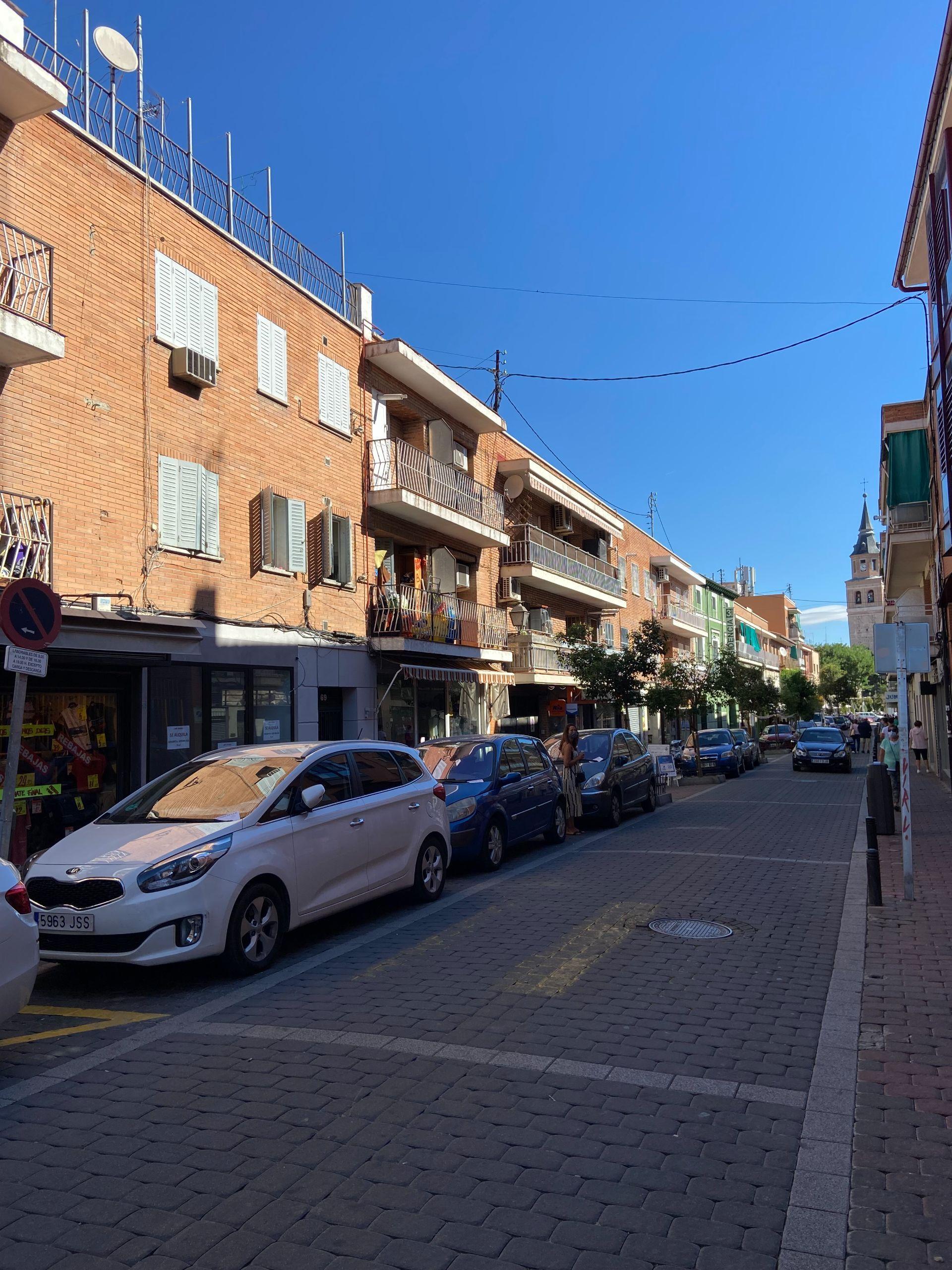 Local comercial en Madrid, Casco historico Villa de vallecas, alquiler