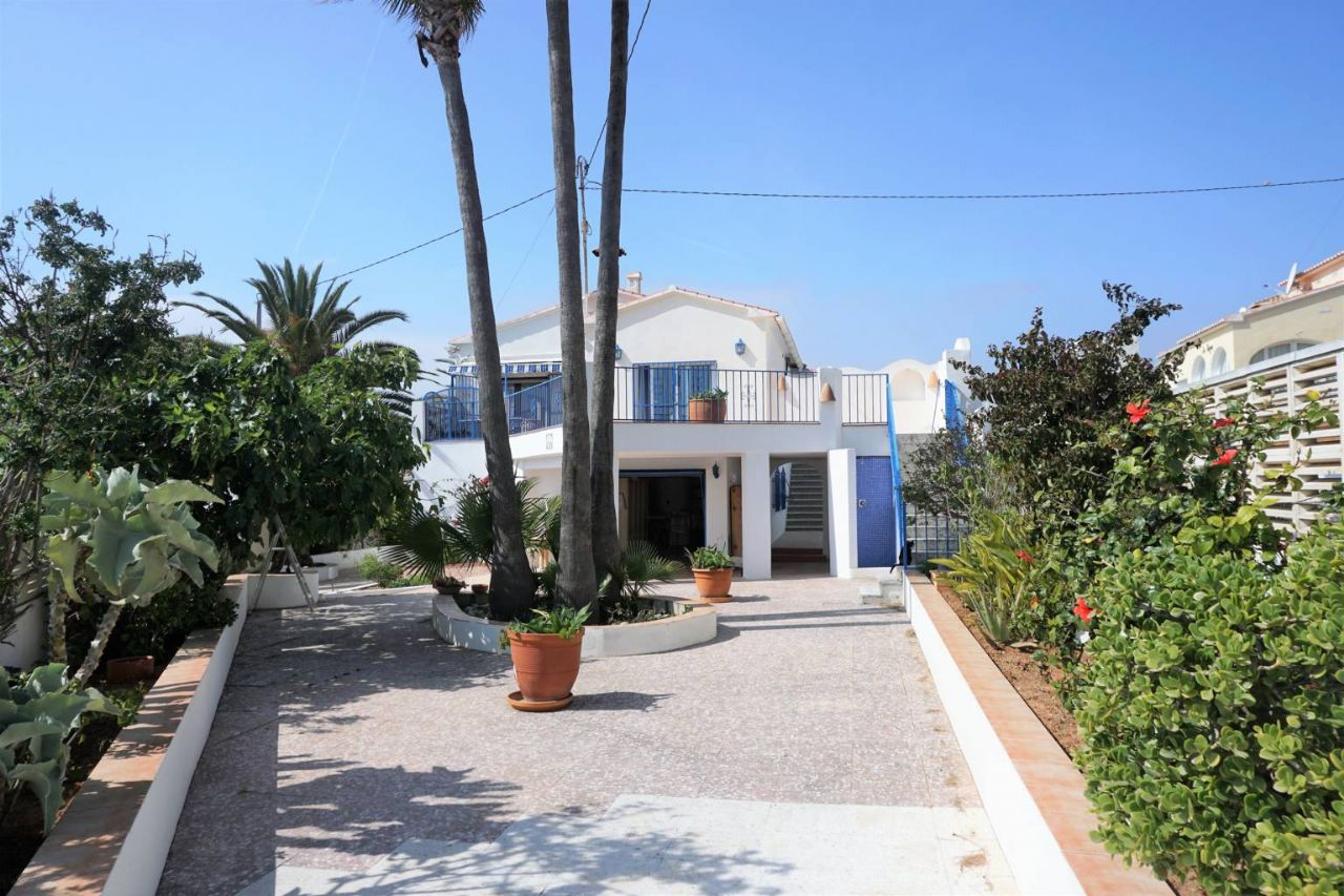 Villa in Calpe / Calp, Estación, for sale