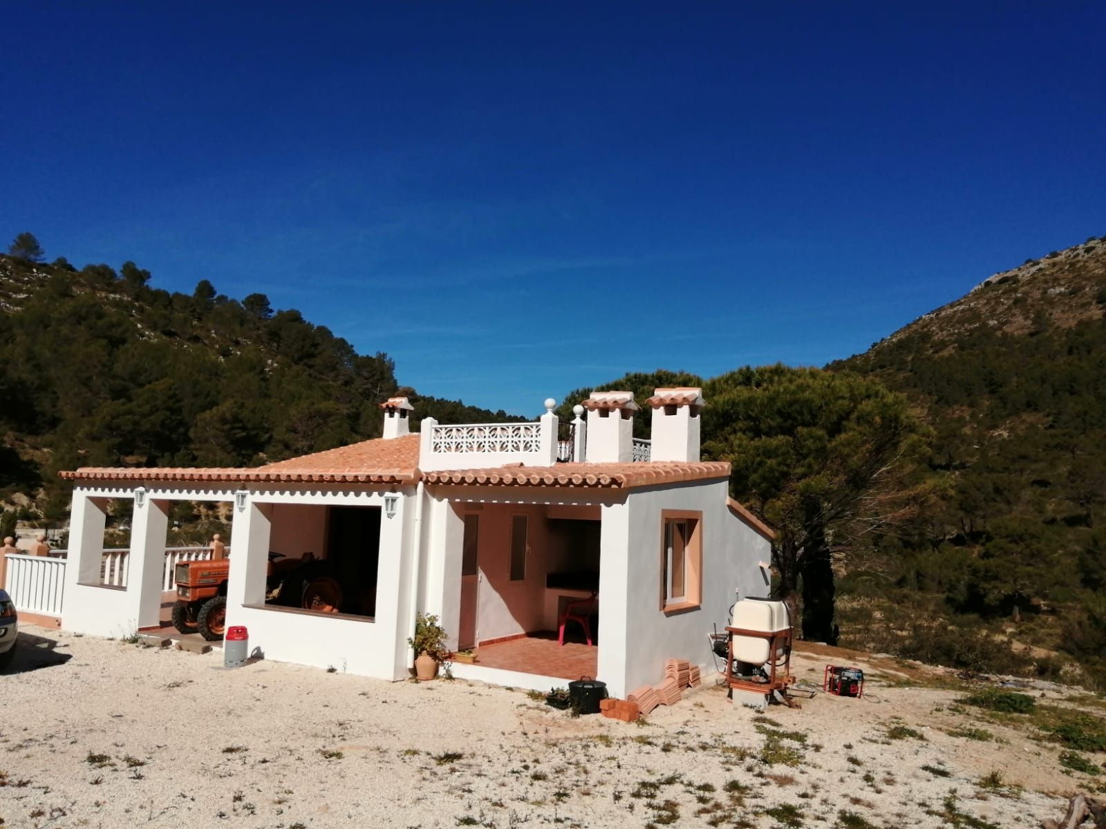 Country House in Tàrbena, for sale