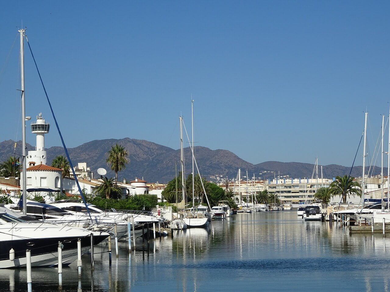 Buying Real Estate Empuriabrava, Spain
