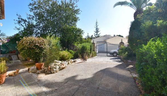 Bungalow in Calpe / Calp, ORTEMBACH, for sale