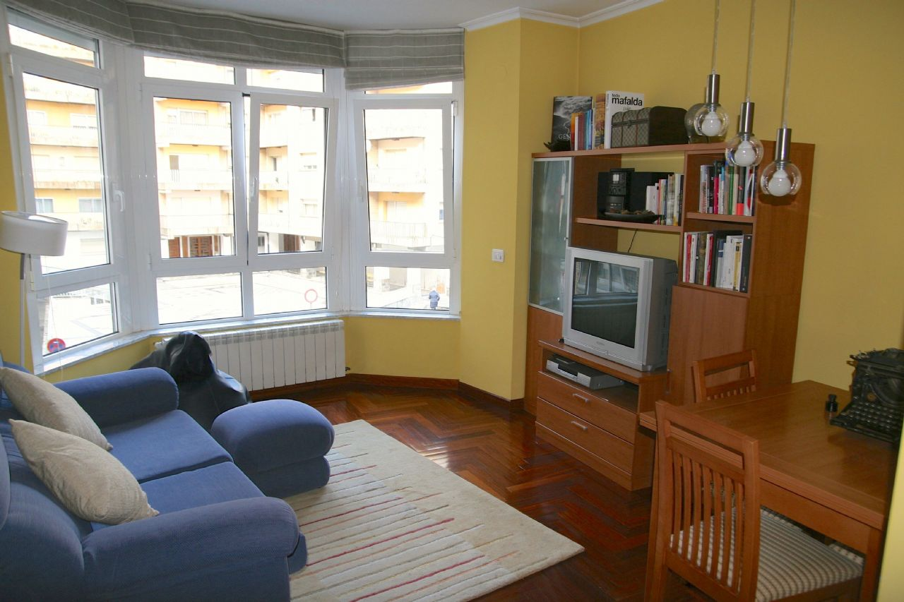 Apartamento en Lugo, Ronda Muralla, venta