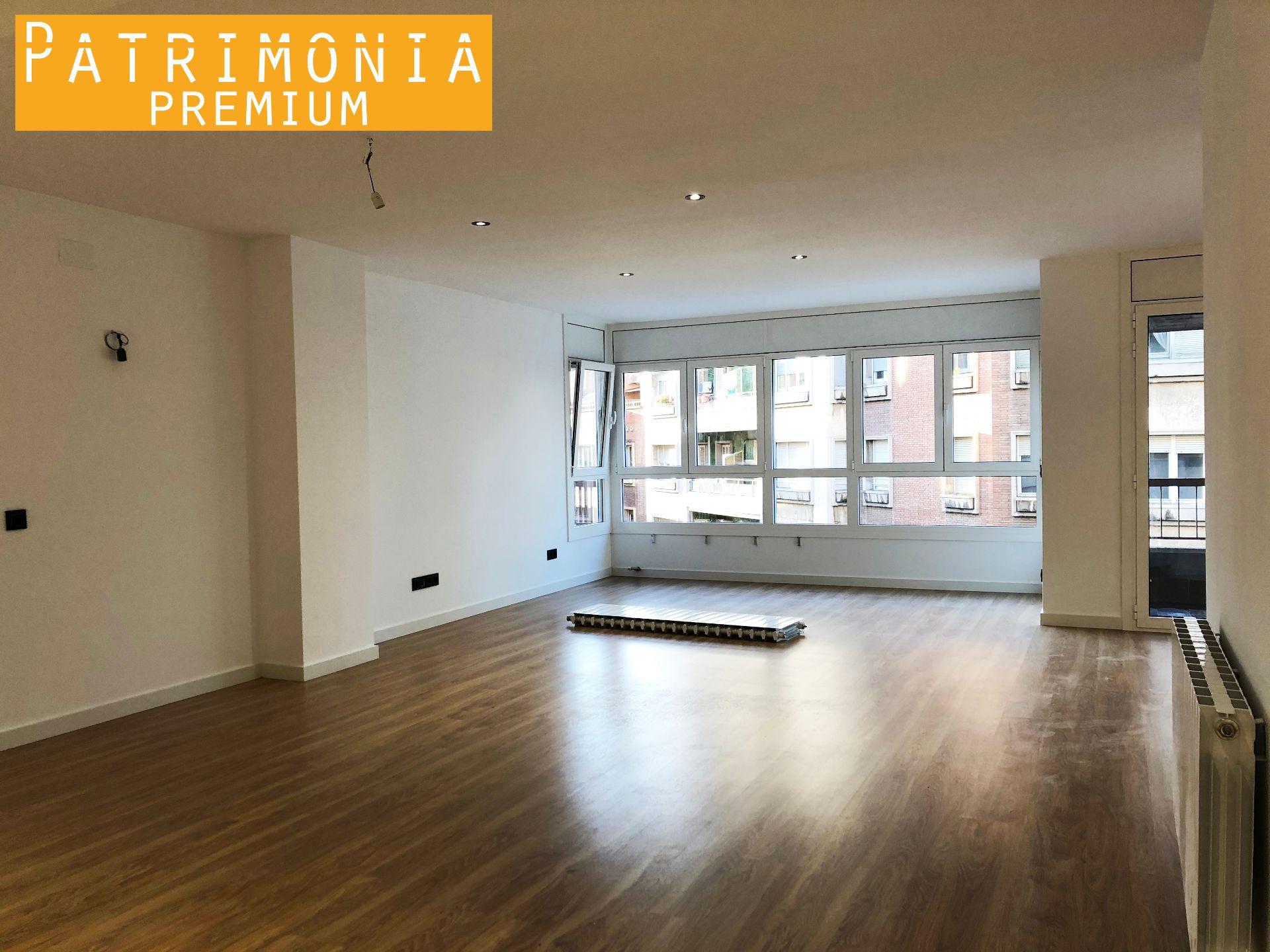 Meuble Salle De Bain Girona vente grand appartement à girona ascenseur