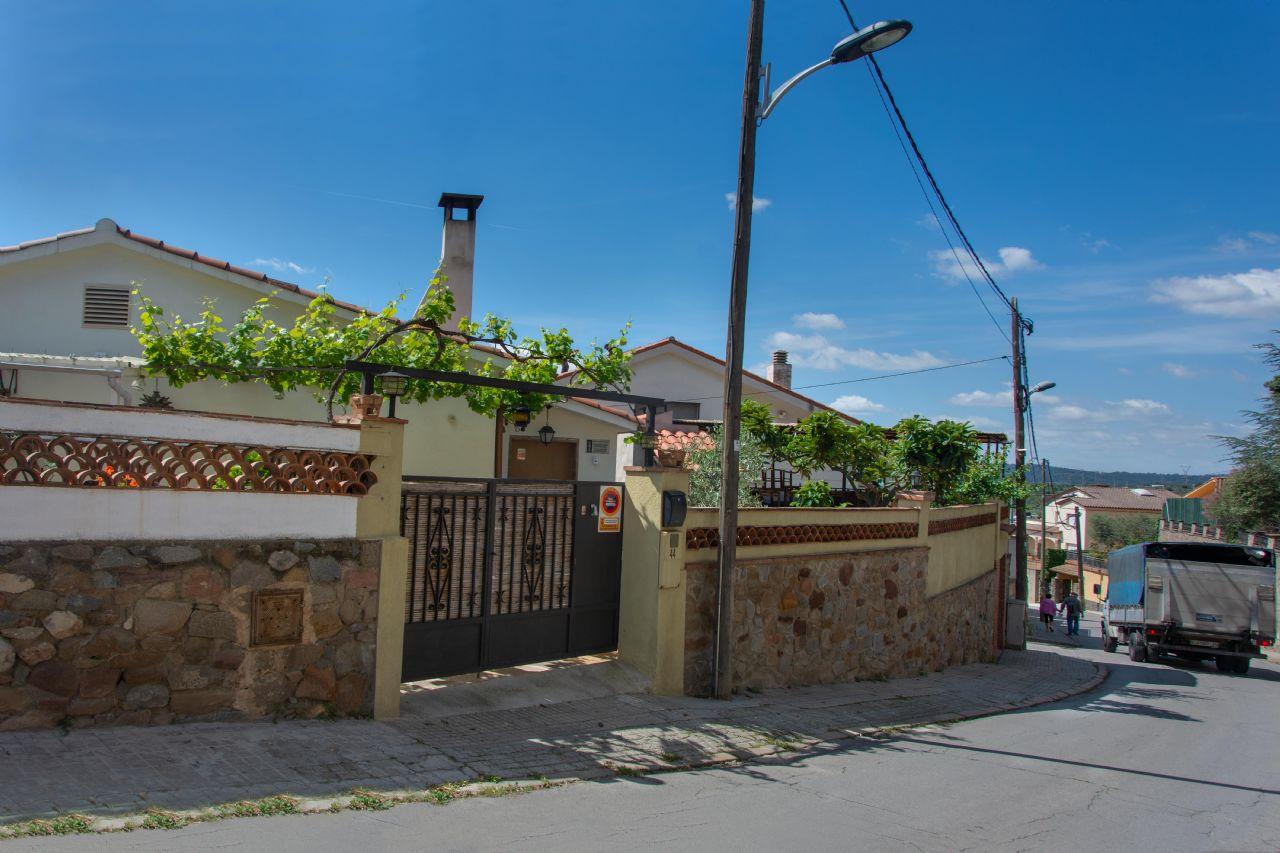 Casa / Xalet a Caldes de Montbui, Puigdomi, en venda