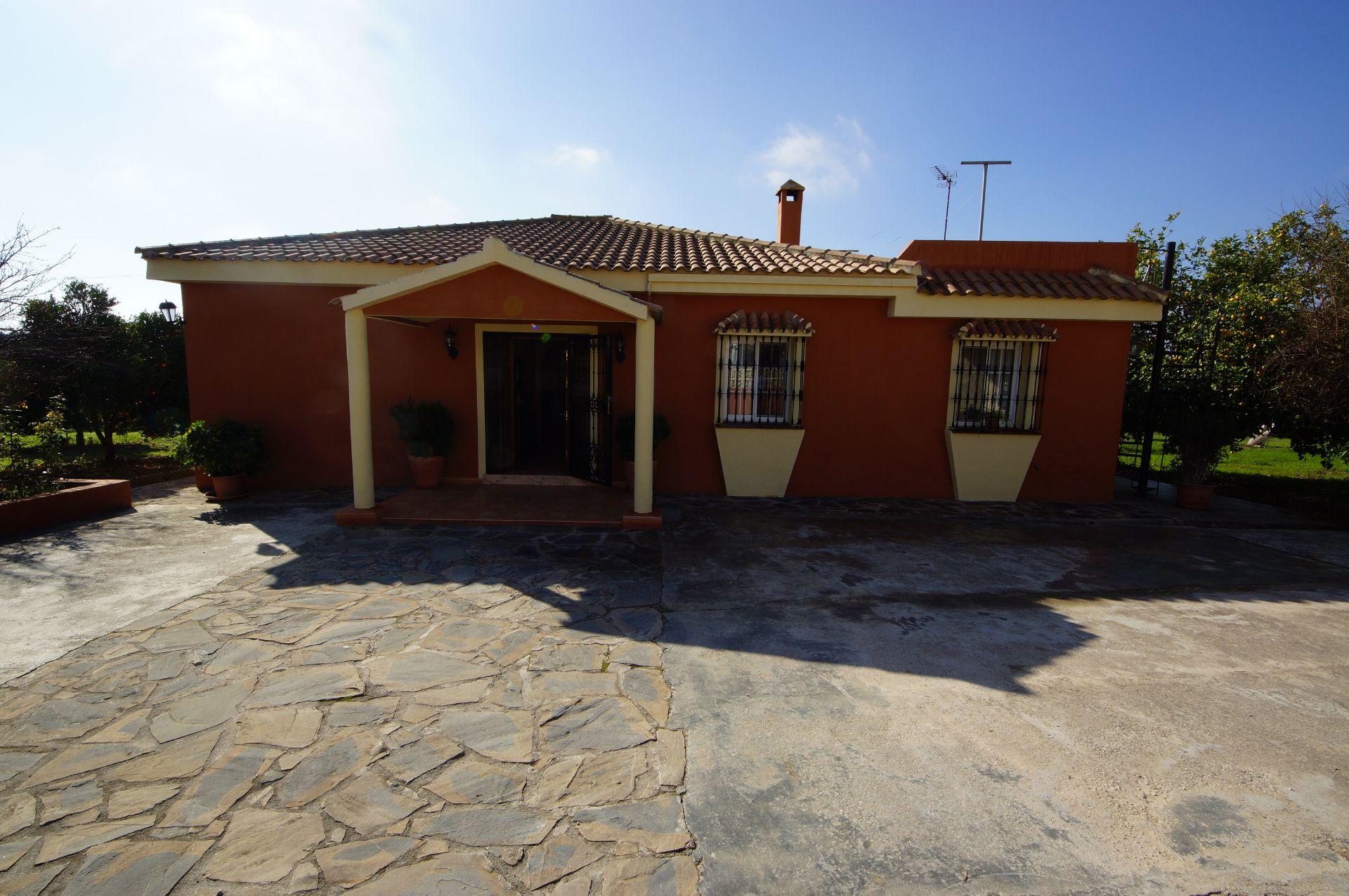 Luxury Villa in San Pedro de Alcántara, LA QUINTA, for sale
