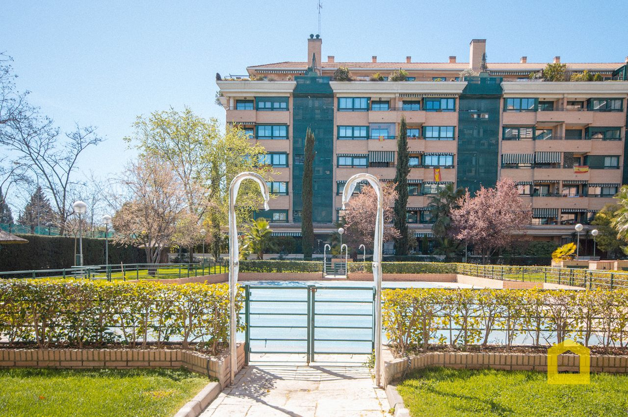 Piso en Madrid, Alameda de Osuna, venta