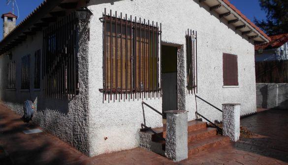 Casa de pueblo en Zapardiel De La Cañada de 3 habitaciones