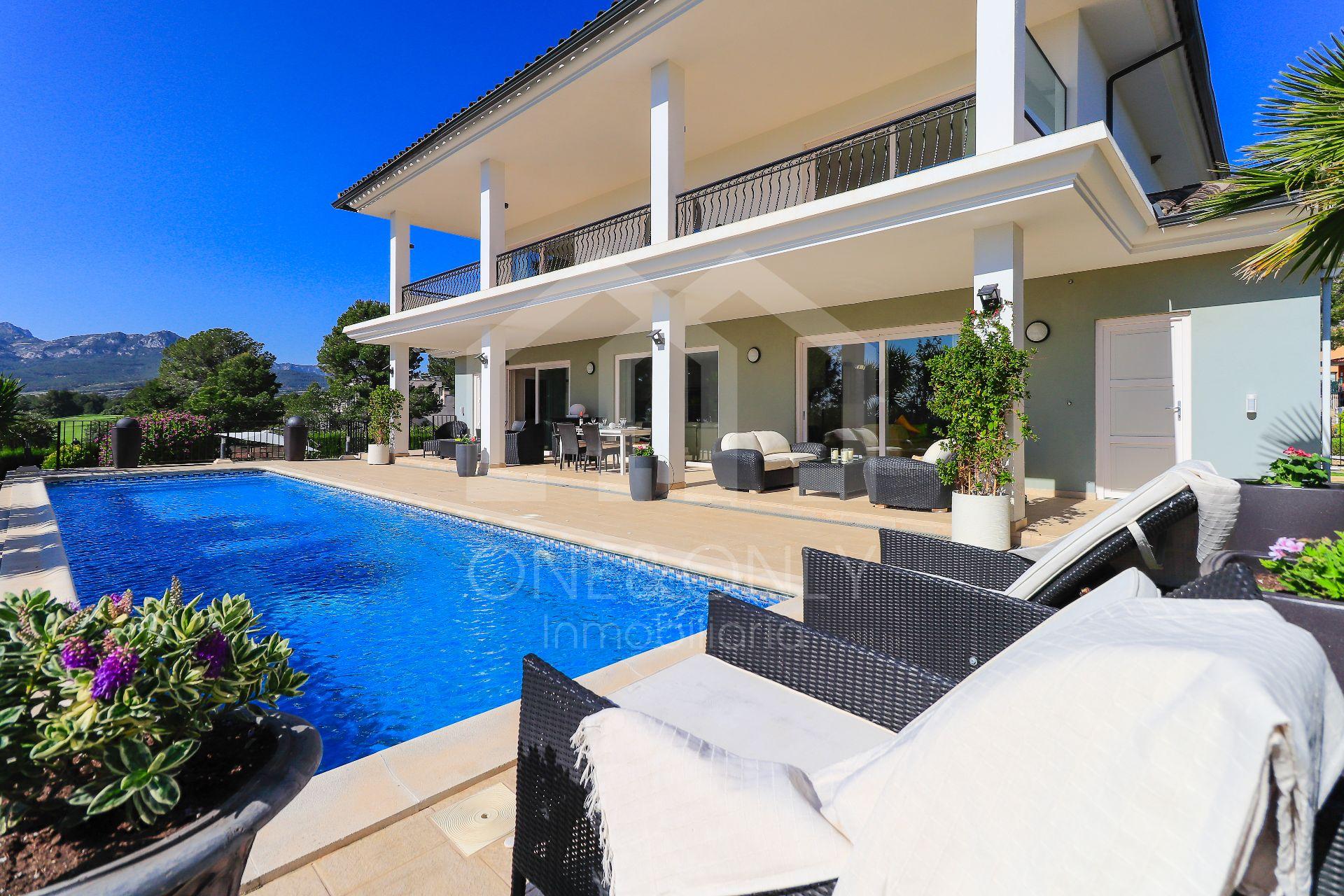Villa de Lujo en Montroig, Club de Golf Bonmont Terres Noves, venta