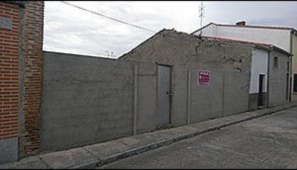 Solar Urbano en Macotera