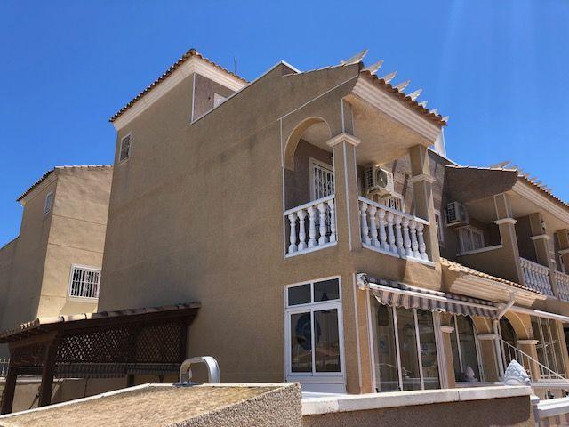 Terraced House in Orihuela Costa, Playa Flamenca, for sale