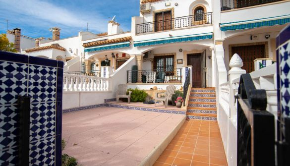 Casa de pueblo en Villamartín de 2 habitaciones