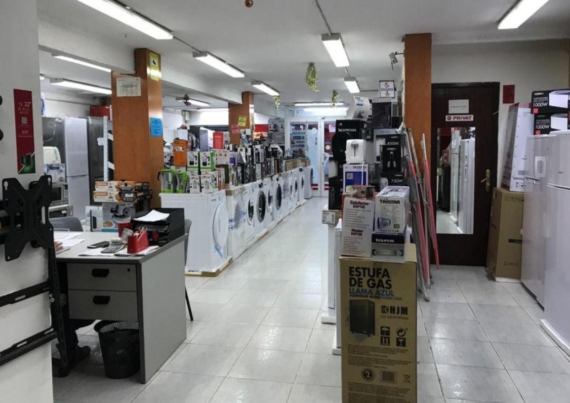 Local comercial en Molins de Rei, Centro, alquiler