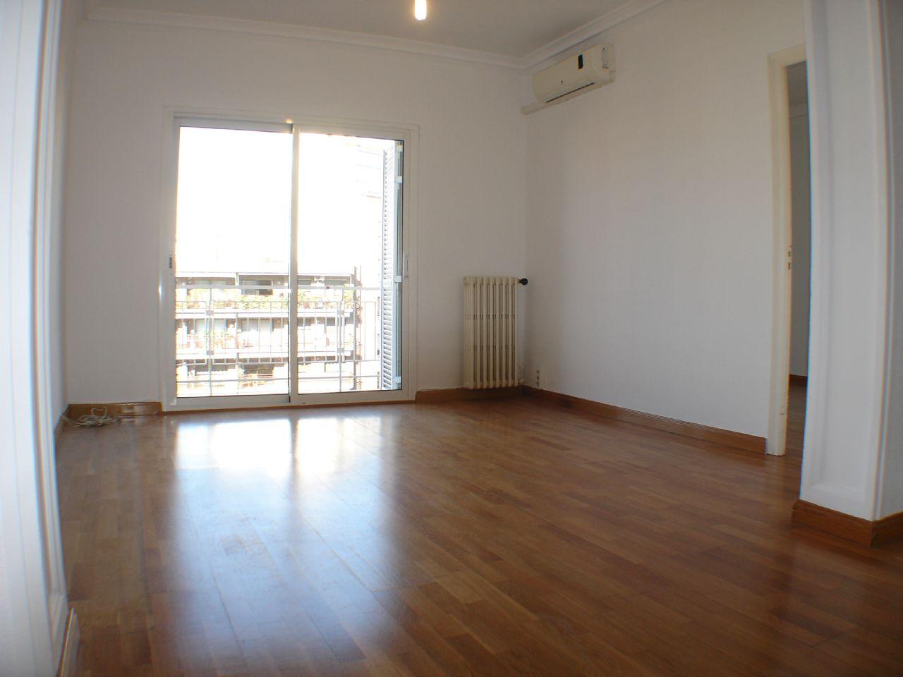 Flat in Barcelona, Nova Esquerra Eixample, for sale