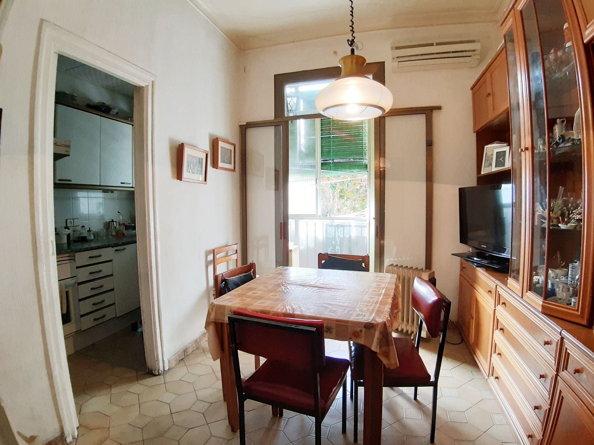 Flat in Barcelona, Gracia, for sale
