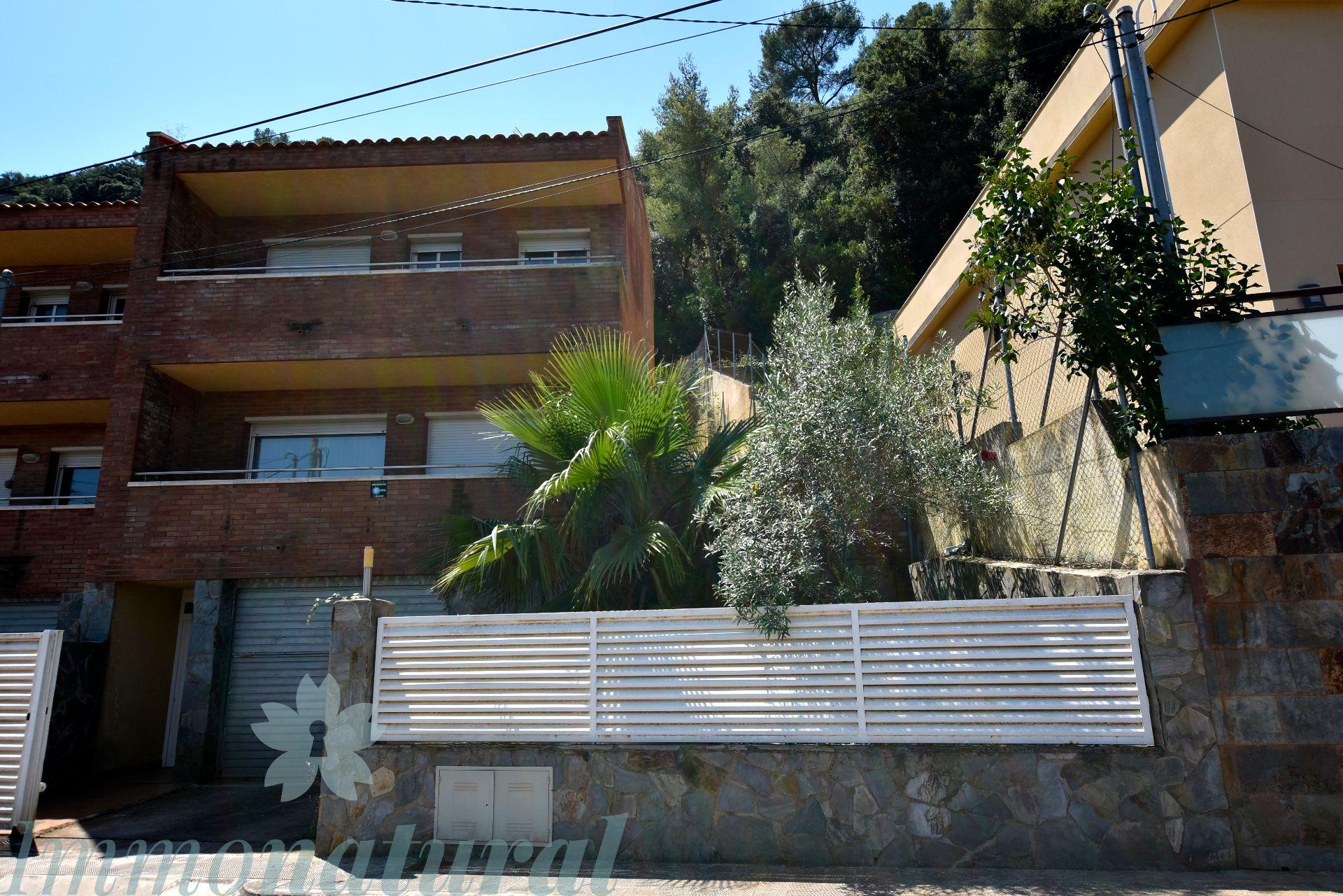 Casa adosada en Torrelles de Llobregat, CAN GÜELL, venta