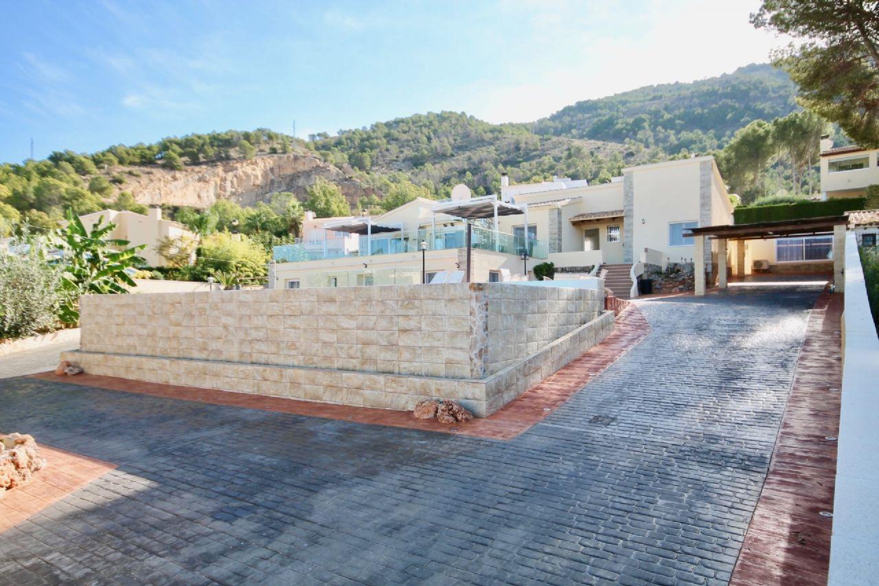 Villa in El Albir / L'Albir, for sale