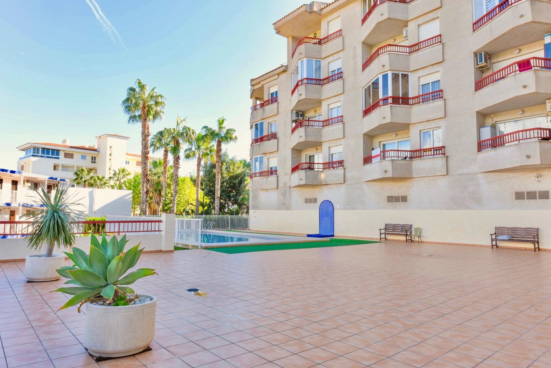 Apartment in El Albir / L'Albir, for sale