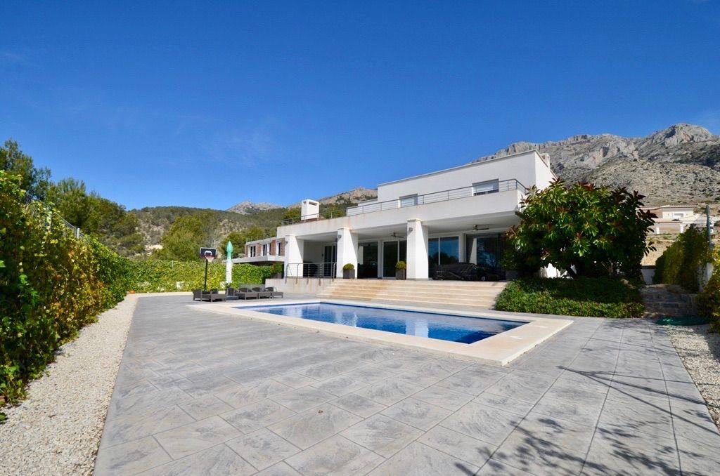 Villa in Altea, Urbanizacion Monte Rico, for sale