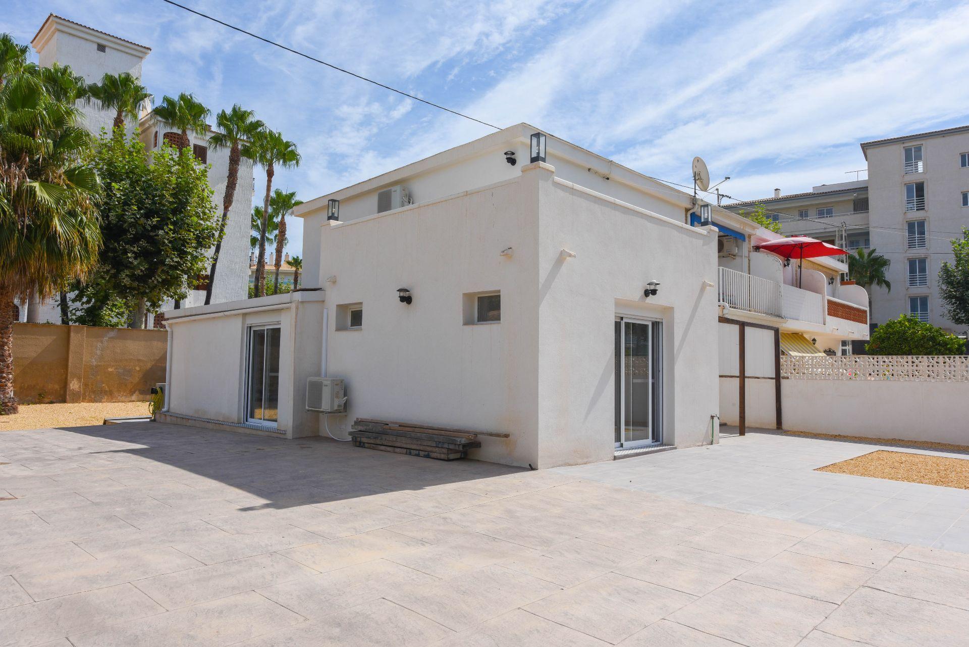 Terraced House in El Albir / L'Albir, for sale