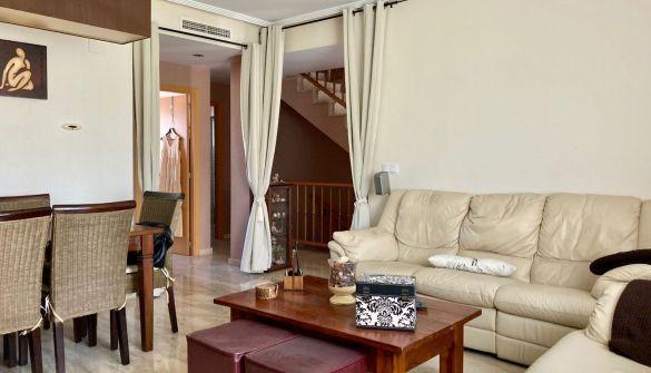 Casa adosada en Torrente De Cinca de 5 habitaciones