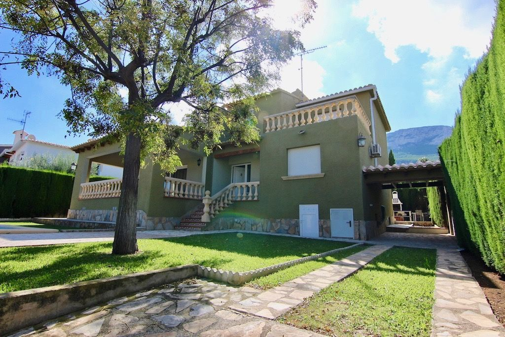 Villa à Dénia, La Pedrera, vente