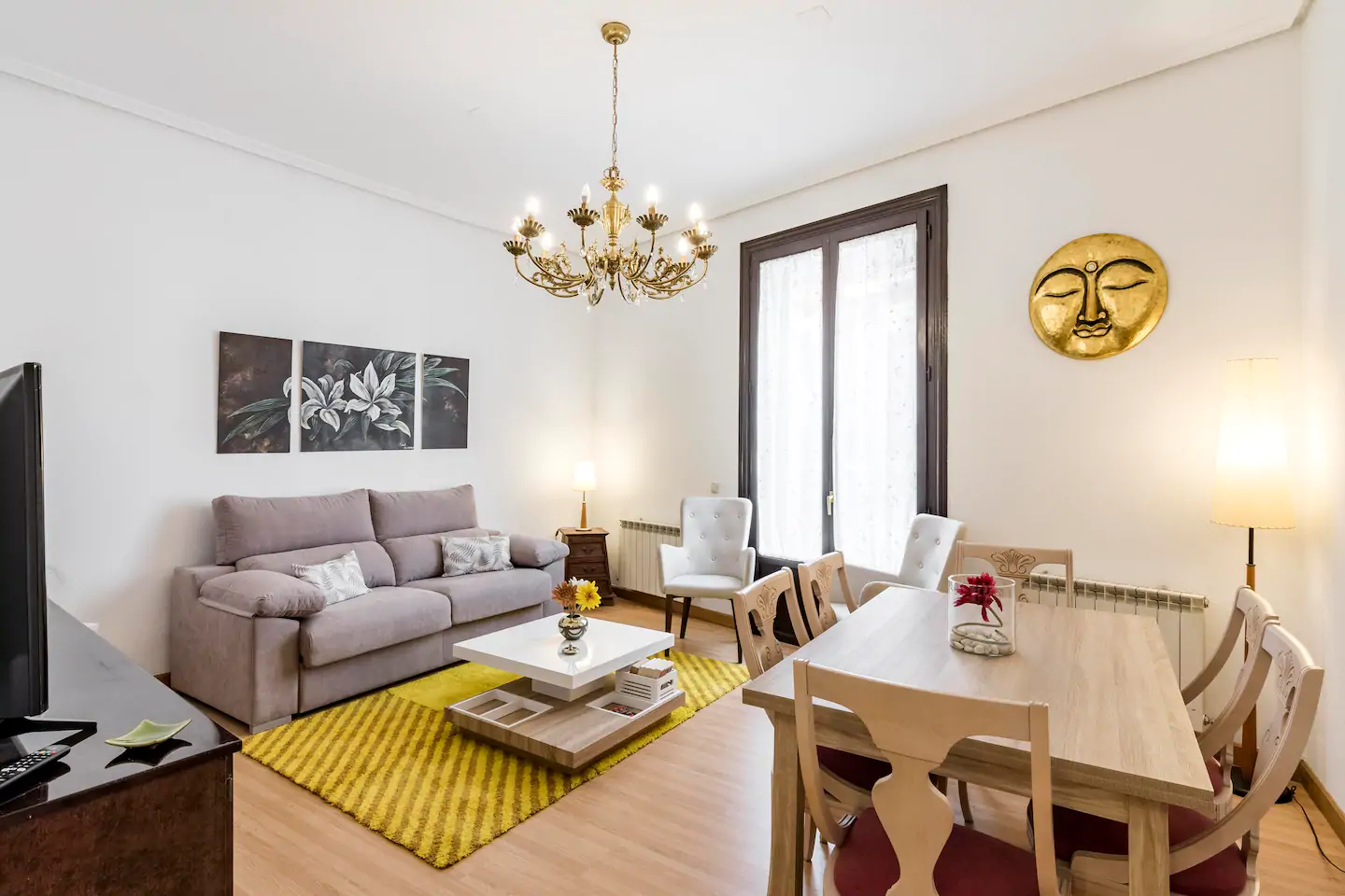 Flat in Madrid, Opera, for sale