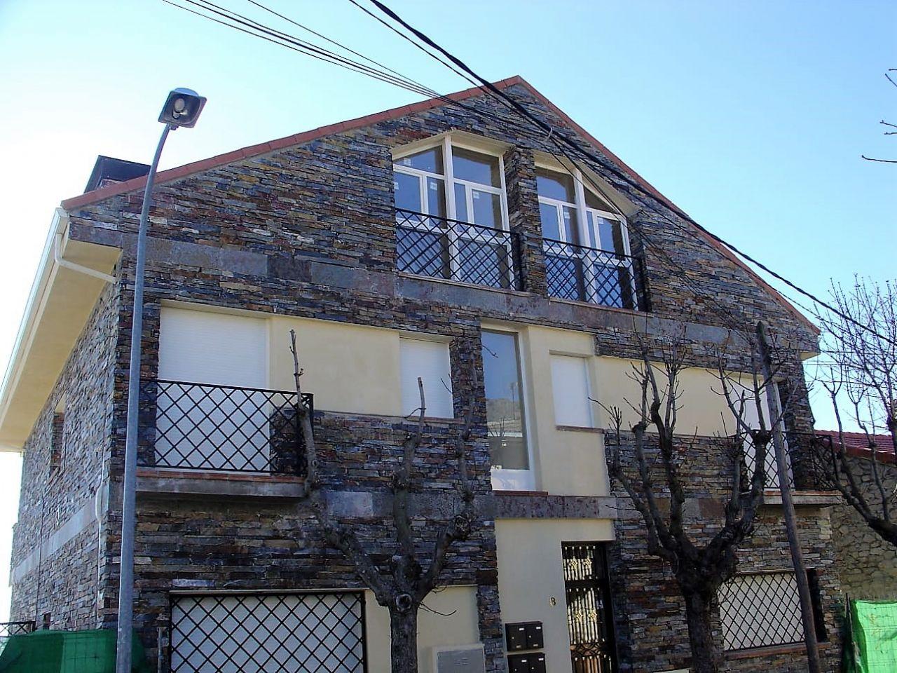 Dúplex en San Lorenzo de El Escorial, CASCO URBANO, venta