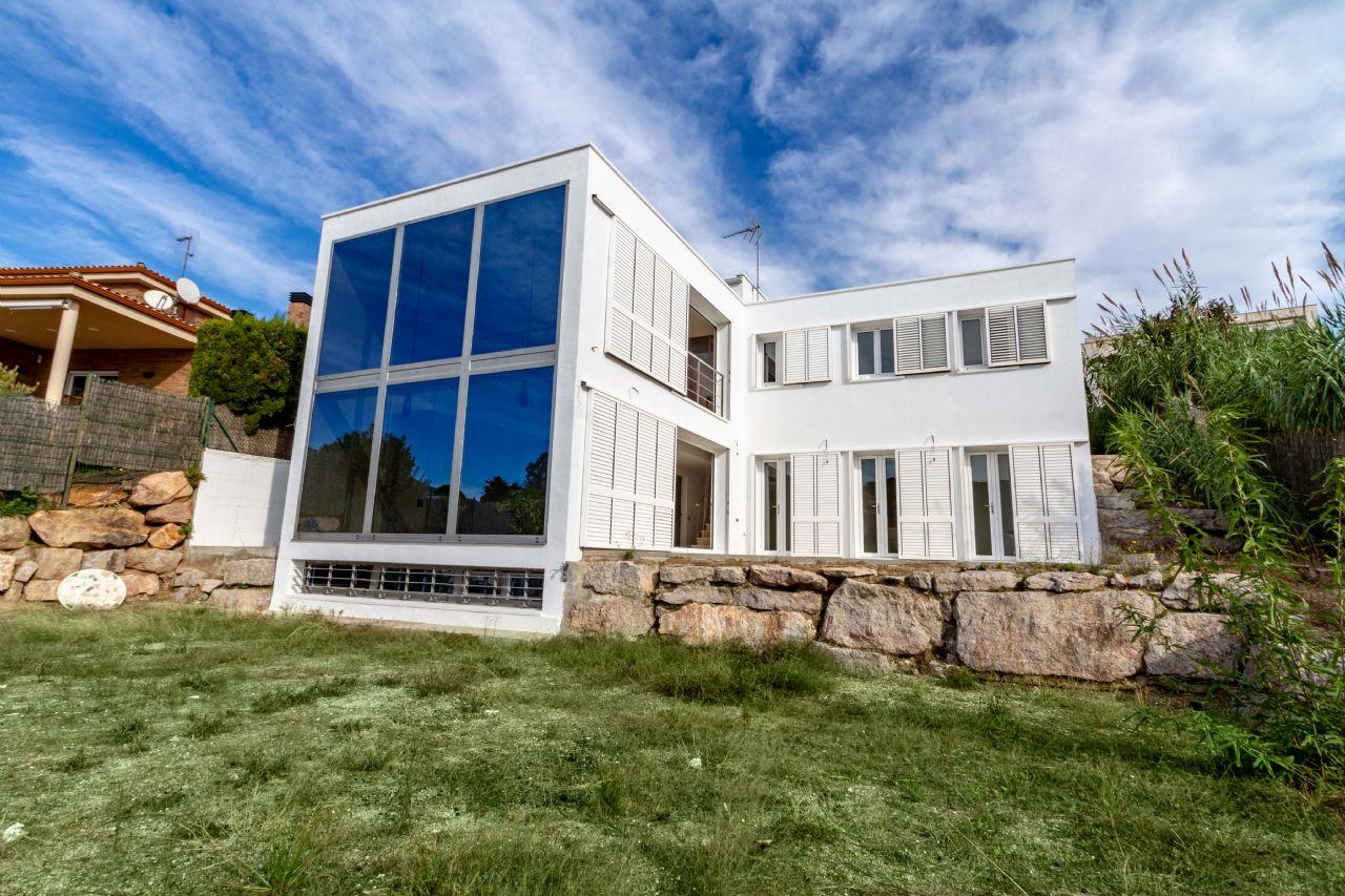 Villa in Arenys de Mar, for sale