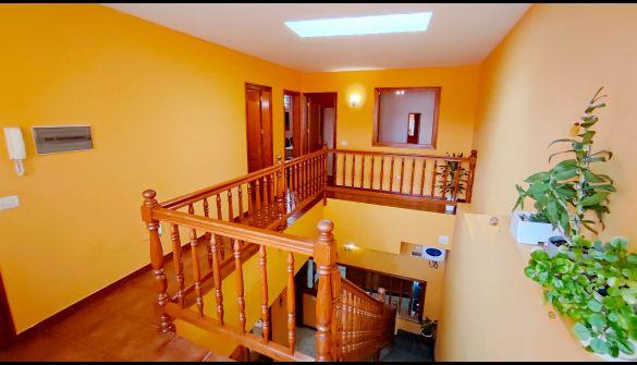 Casa adosada en Arucas de 5 habitaciones