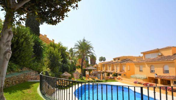 Terraced House in Marbella, La Merced, for sale