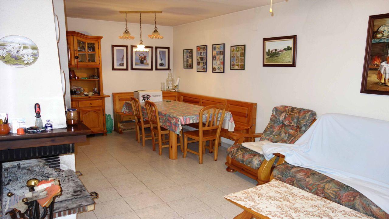 Casa adosada en la Riera de Gaià, La Riera de Gaia, venta