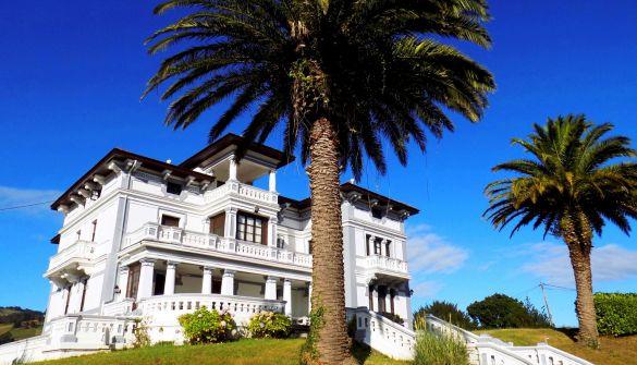Villa de Lujo en Salas de 14 habitaciones