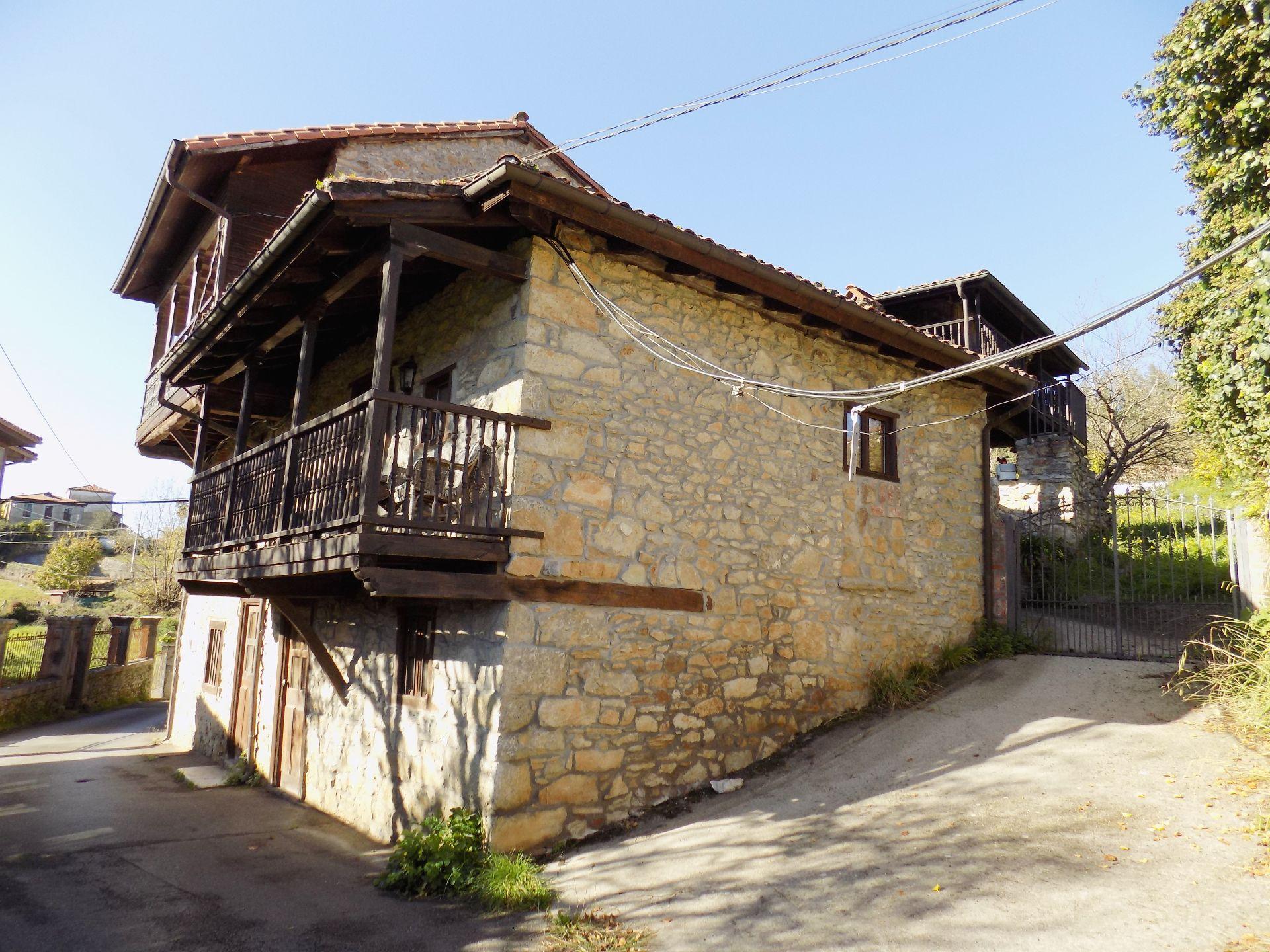 Casa de pueblo en Pravia, SANTIANES, venta