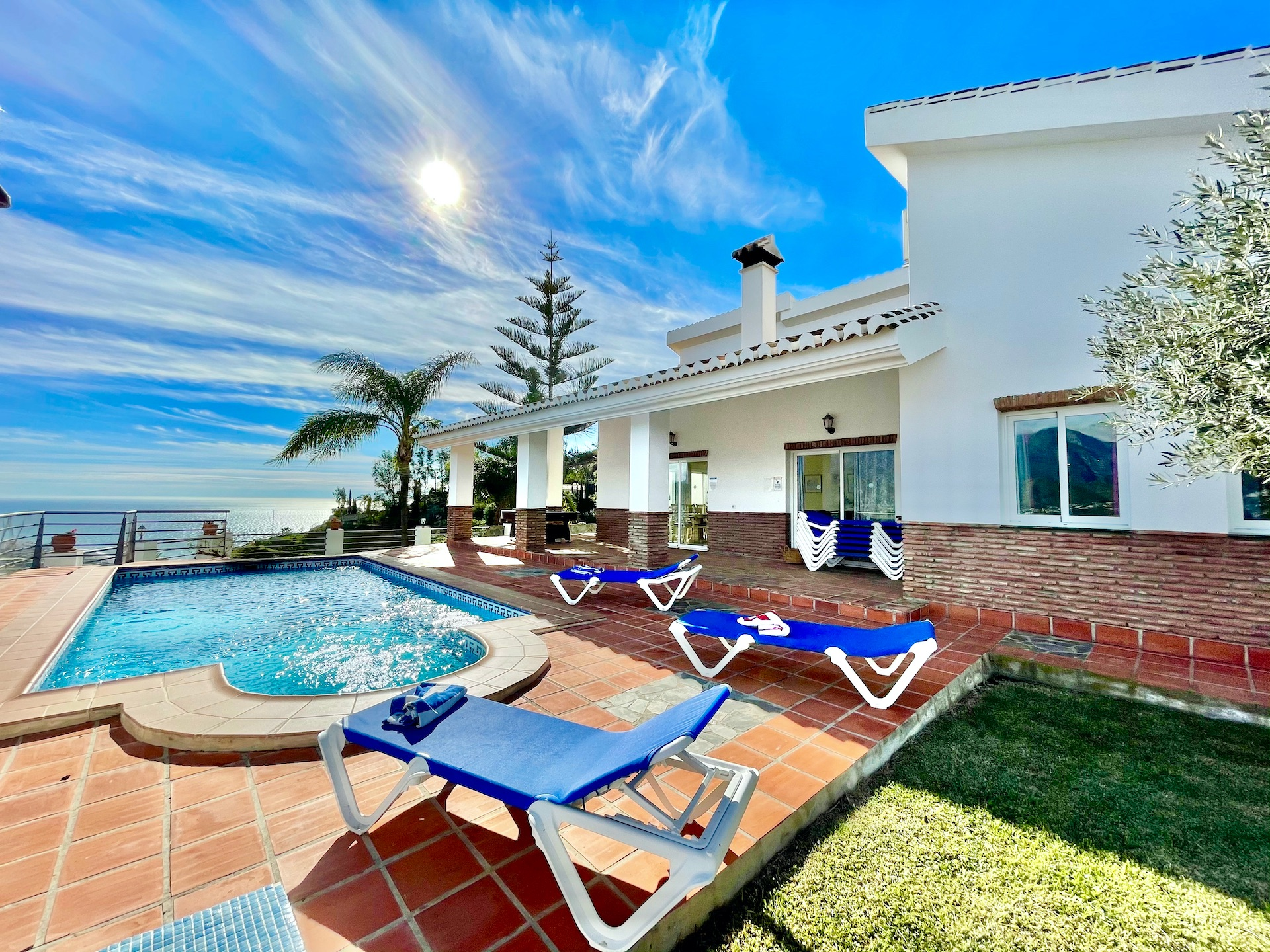 Countryside property in Nerja, for sale