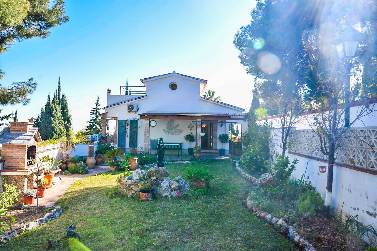 Villa in Nerja, for sale