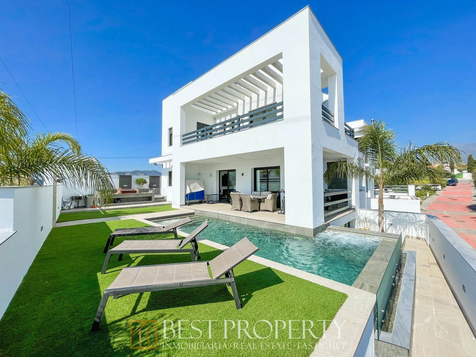 Luxury Villa in Nerja, for sale