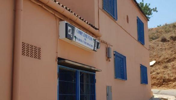 Nave en Pedralba