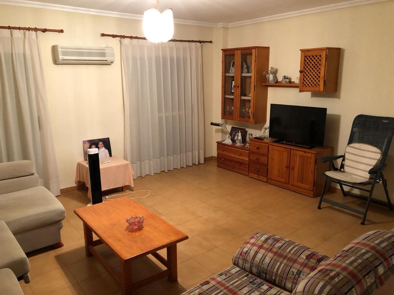 Casa adosada en Pedralba, venta