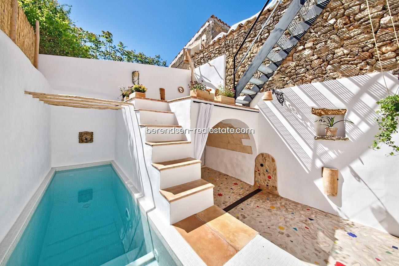 Venta Casa De Pueblo En Sencelles Mallorca Con Piscina