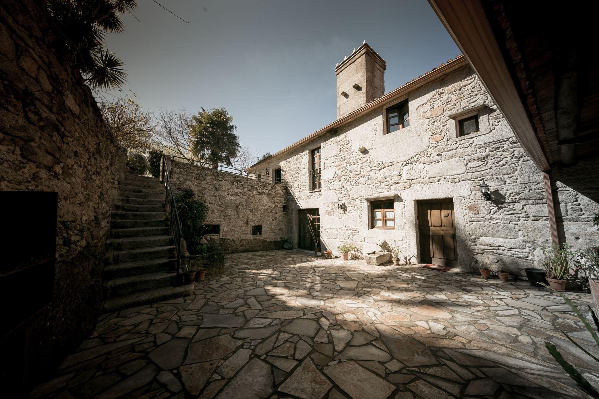Villa de Lujo en Vimianzo, LUGAR DE CASTRO, venta