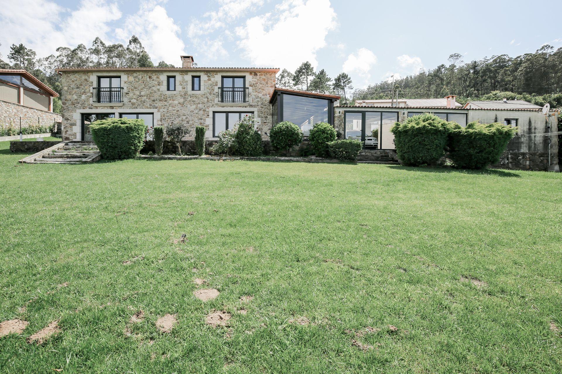 Casa / Chalet en Laracha, CAIÓN, alquiler